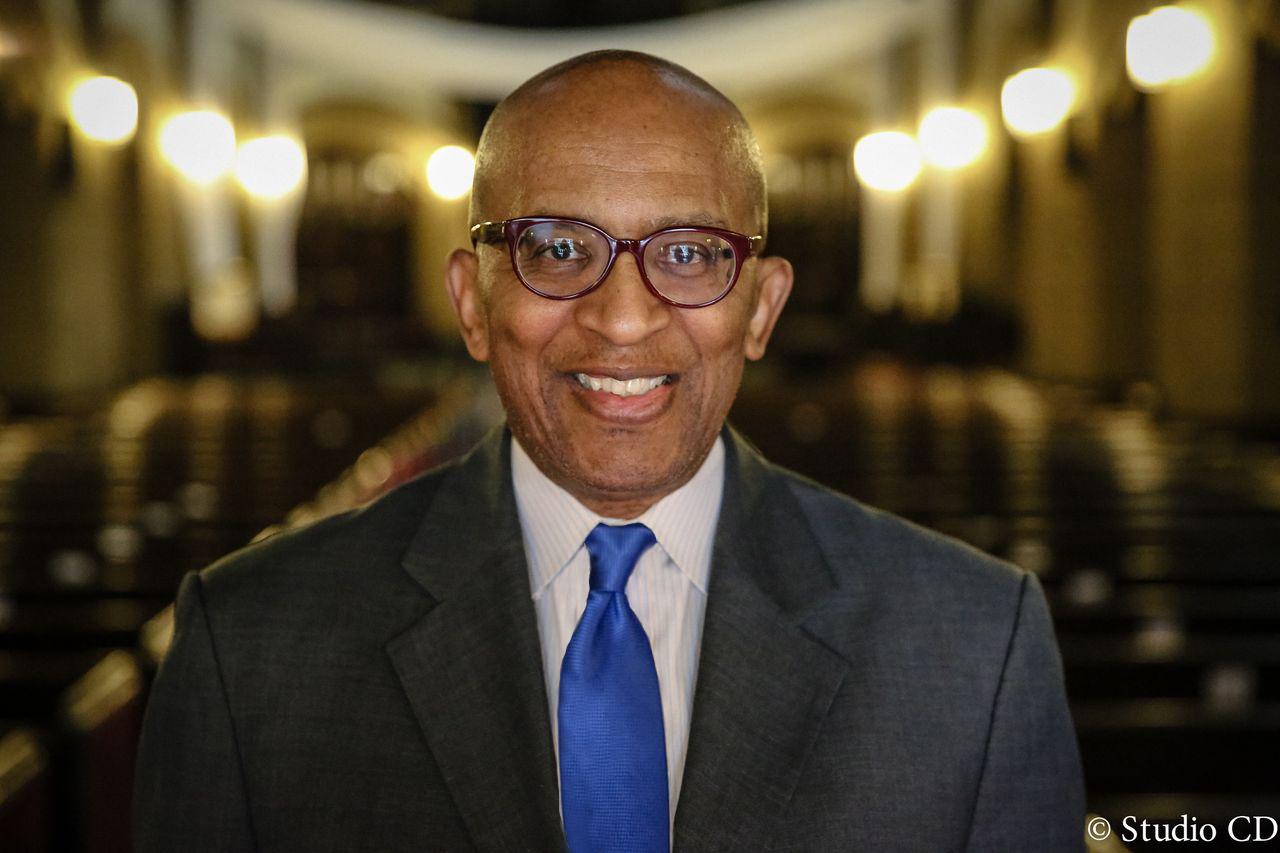 Pastor Jackson blue tie